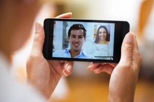 Ce inseamna pentru tineri un smartphone?