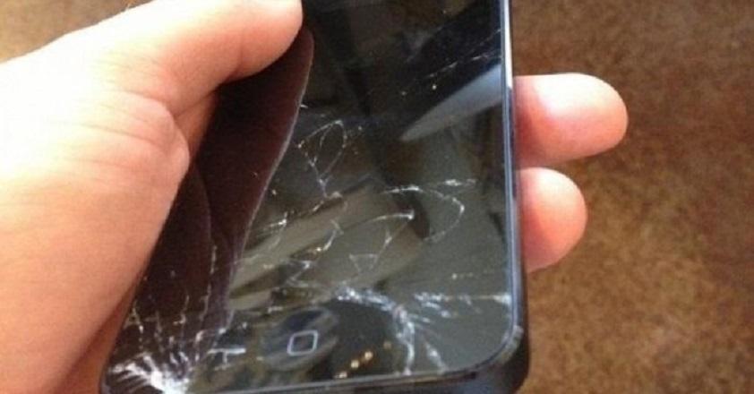 deteriorarea-touchscreen-ului-fara-geam-de-protectie-2