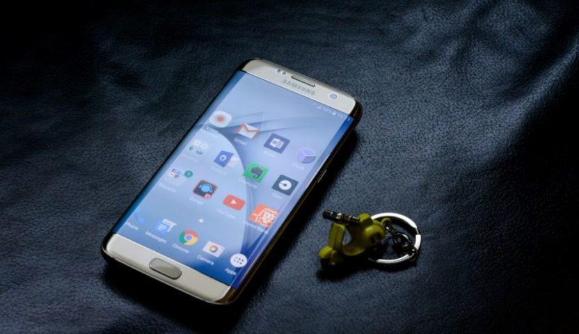 Huse de telefoane cu un aspect destul de placut si modern